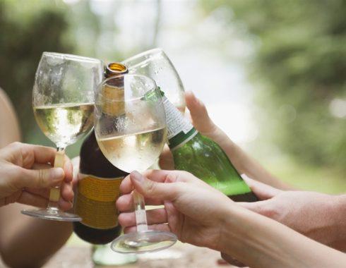 Alcohol mata a 2.8 millones de personas al año en el mundo