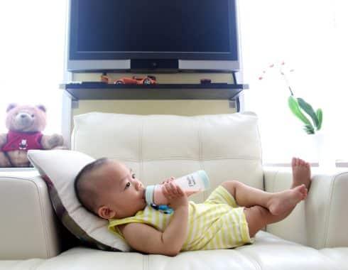Niños estadounidenses menores de 2 años consumen demasiada azúcar