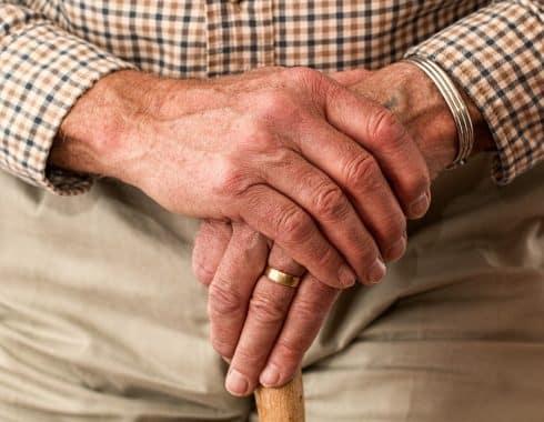 Medicamento mejora niveles de dopamina en pacientes con Parkinson