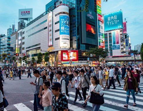 Consumo de alcohol aumenta riesgo de cáncer entre los japoneses