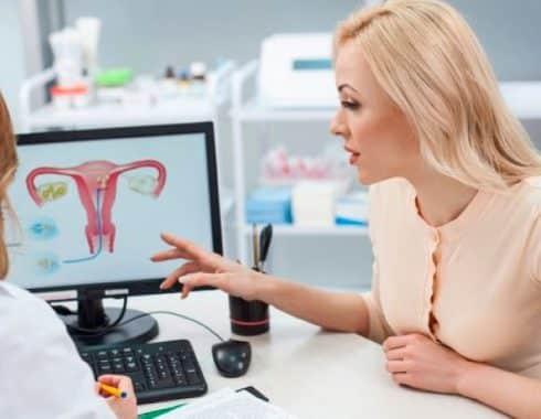 ¿Cuáles son los síntomas del cáncer de cuello uterino?