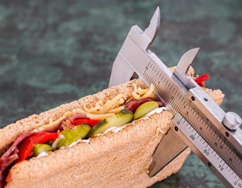 Ingerir menos calorías disminuye envejecimiento celular