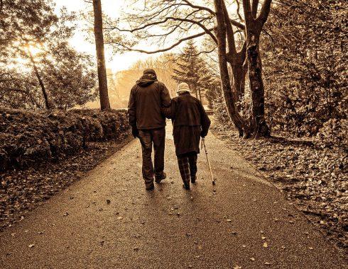 Caminar reduce el riesgo de muerte prematura por osteoartritis