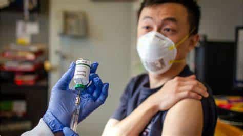 Prueba exitosa de la primera vacuna en humanos contra la COVID-19