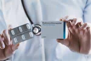 Francia prohibió el uso de hidrocloroquina en pacientes con COVID-19