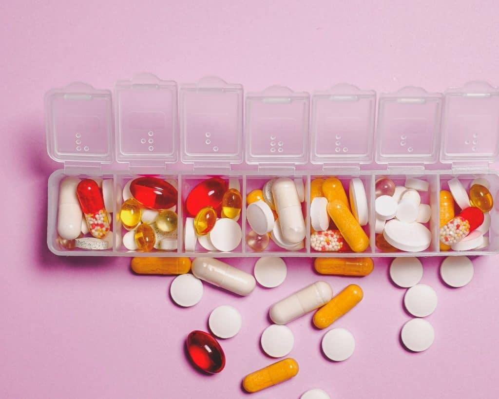 antiinflamatorios no esteroideos y los esteroideos
