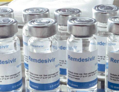 tratamiento COVID-19 aprobado