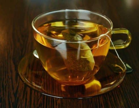 té de hojas de laurel