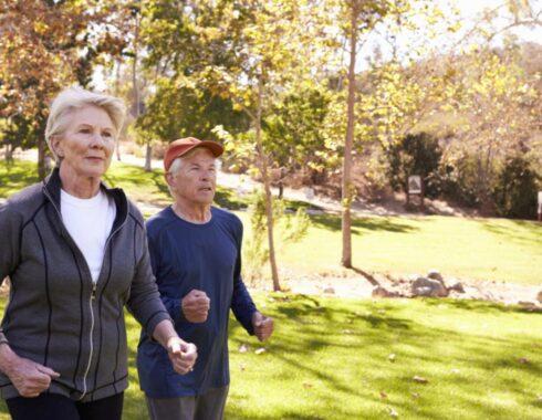 Adultos mayores: 8 hábitos saludables para adoptar