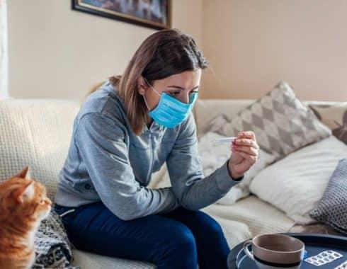 COVID larga: la vacuna reduciría sus síntomas